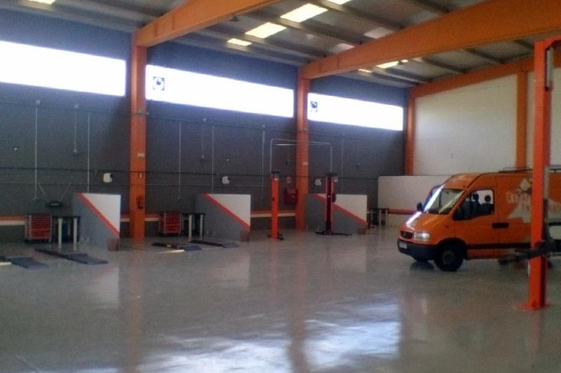 Repara Tu Vehículo Reus Alquiler boxes mecanica