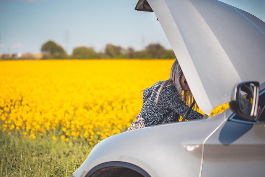 coche averia sobrecalentamiento repara tu vehiculo