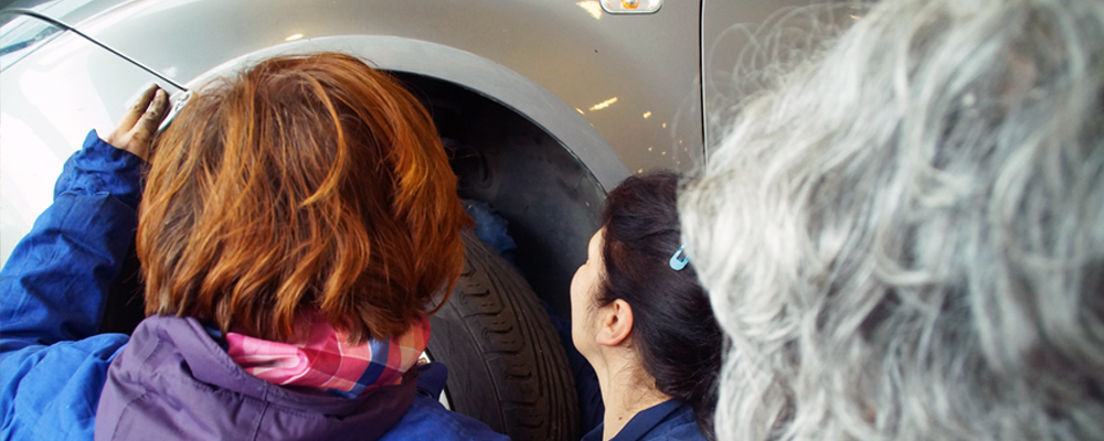 Repara Tu Vehículo colabora en curso de mecánica para mujeres
